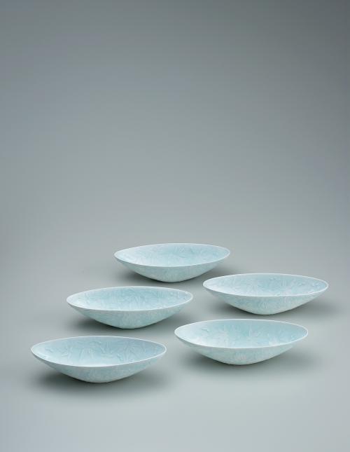 写真:青白磁楓組鉢