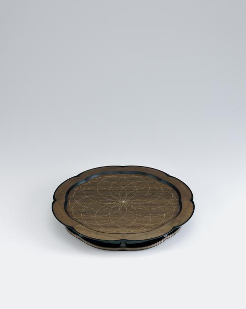 写真:神代欅彩線象嵌の盤