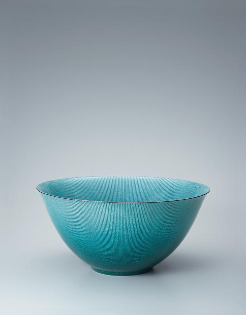 写真:緑彩真麗線文鉢