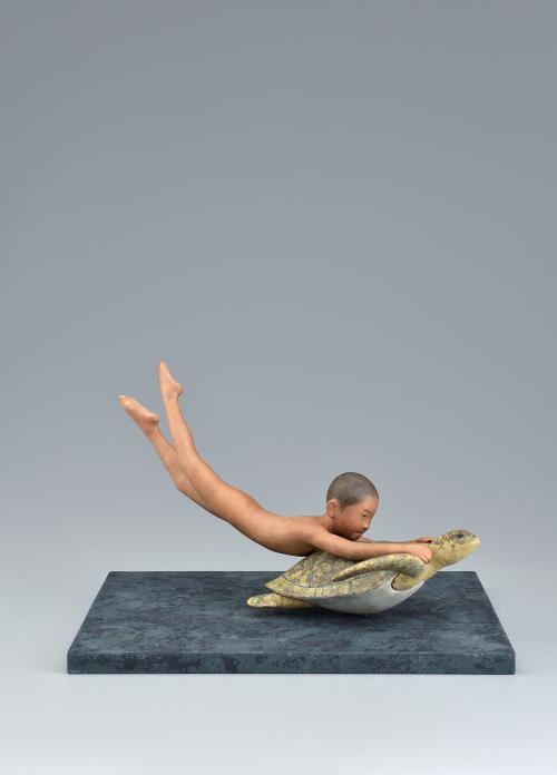 写真:木芯桐塑紙貼「母なる海」