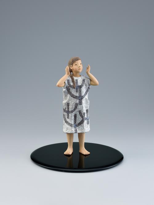 写真:陶釉象嵌「芽吹き」