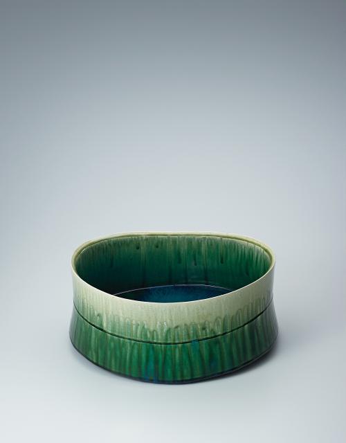 写真:緑釉花器