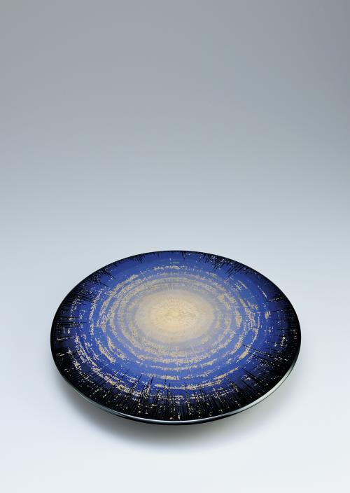 写真:彩漆蒟醬盤「ムーンライト」