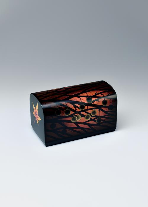 写真:乾漆蒟醬箱「暮色」