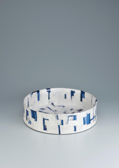 写真:呉須染付銀彩鉢