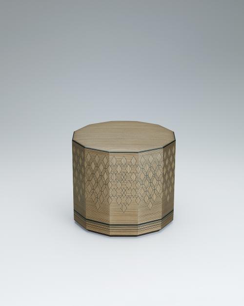 神代杉彩線木象嵌十二角箱