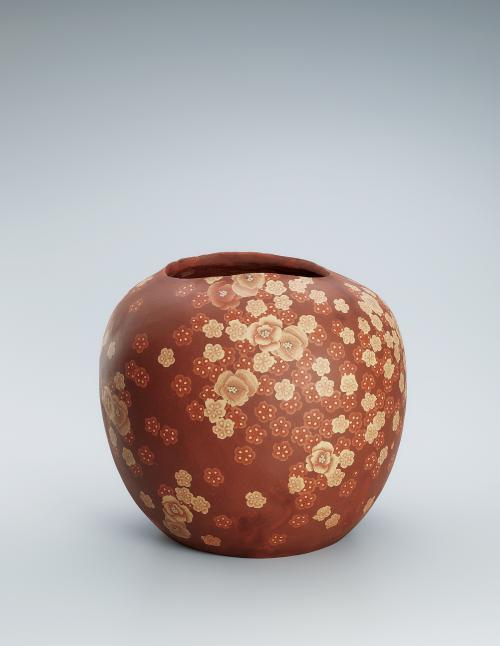 無名異練上花紋壺
