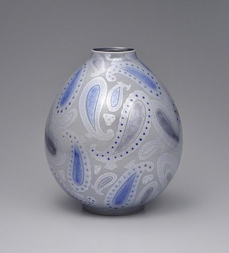 紫苑釉裏銀彩壺