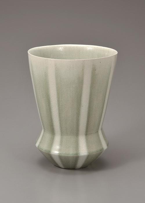 灰釉流彩花器