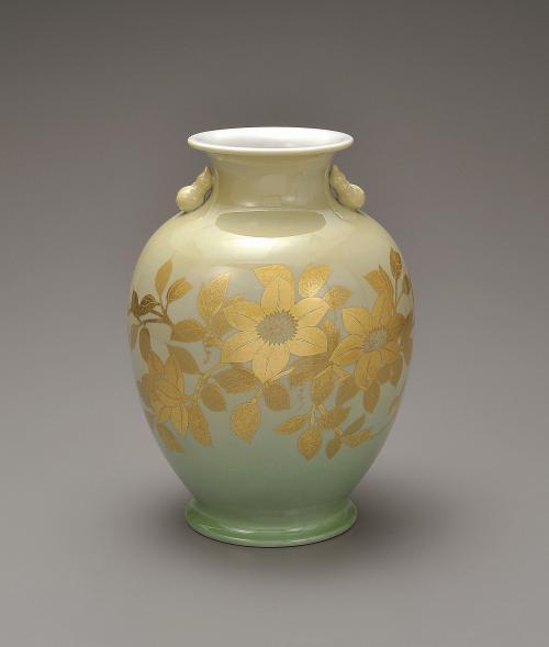釉裏金彩鉄線文花瓶