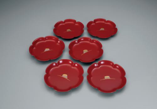 乾漆蒔絵螺鈿銘々皿「春紅」