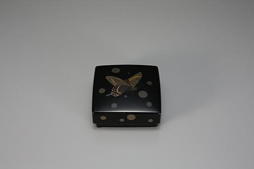 籃胎蒟醤香盒あげは蝶