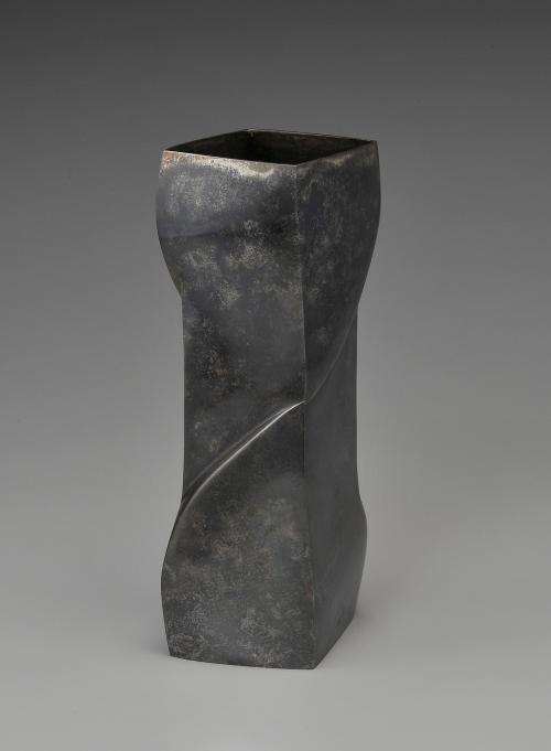 朧銀花器「老松」