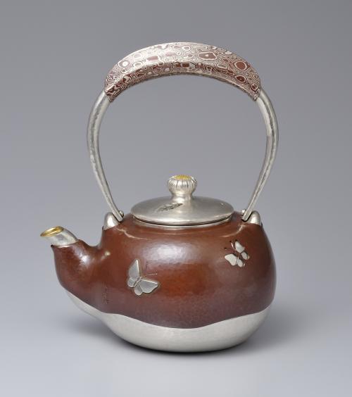 銀銅二重口打出湯沸
