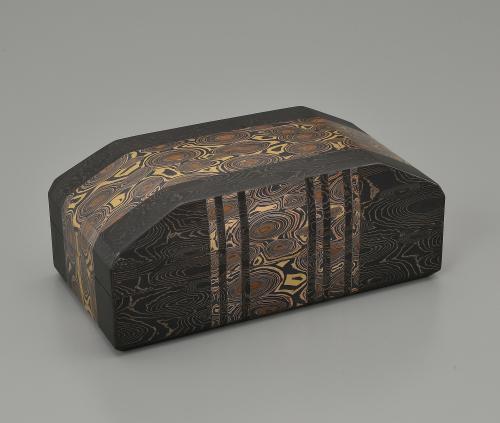 金銀銅杢目金飾箱「光海」