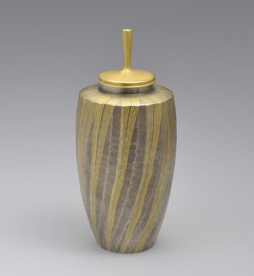 金彩銀茶器