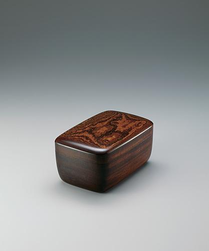欅造拭漆飾箱