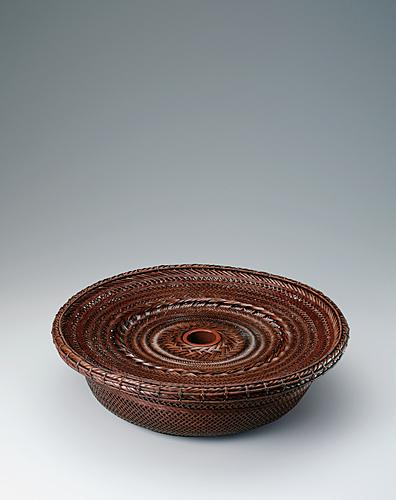柾割摺漆花籃「泉心」