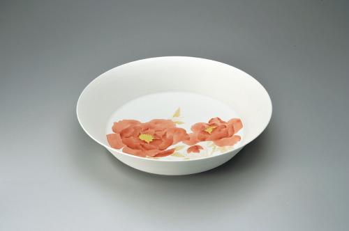 赤絵金彩牡丹文鉢