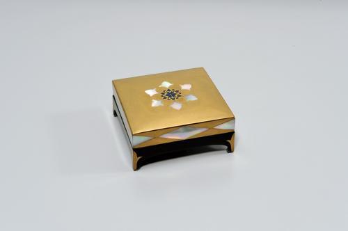 蒔絵螺鈿小箱