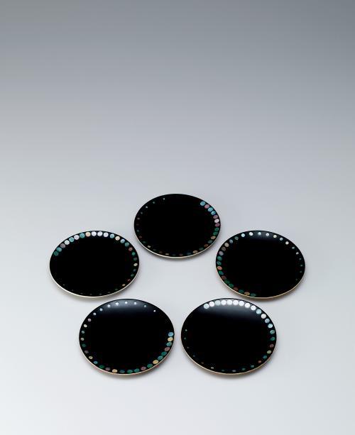 割貝銘々皿「彩玉」