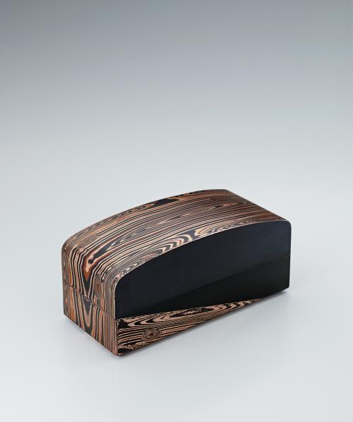 金銀銅杢目金板目鍛飾箱