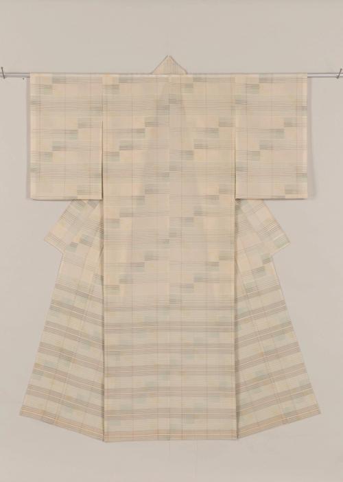生絹着物「風の調べ 水の旋律」