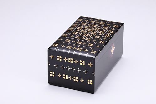 切金螺鈿箱「清華」