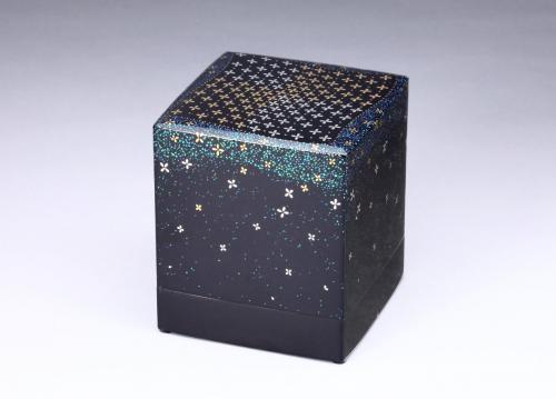 切金螺鈿箱「花の舞」