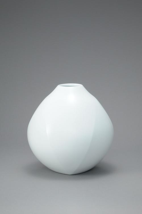 白瓷面取壷