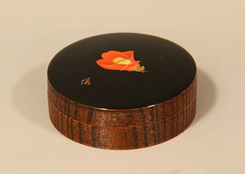 蒟醤香盒 椿