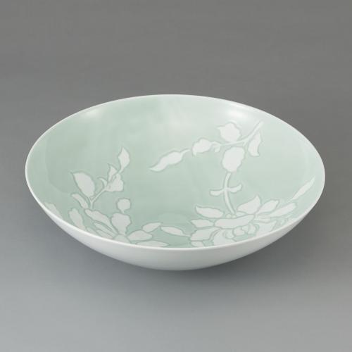 青白磁牡丹彫文鉢