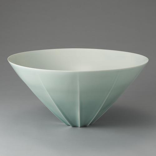 青白磁面取鉢