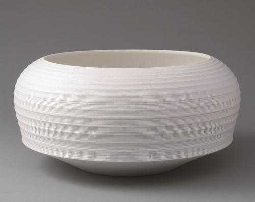 白磁彫文鉢