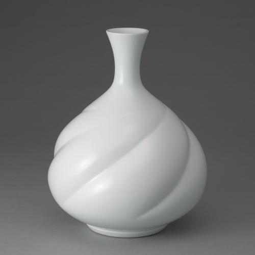 白磁線鶴首花瓶
